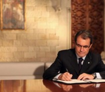 "Artur Mas, Catalan President: ""No one can use weapons to go against the will of a people"""