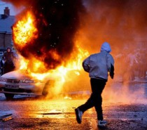 Unionist violence: East Belfast unrest continues as shots fired at police