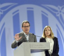 "The Guardian · Artur Mas ""The people of Catalonia have voted. Let democracy take its course"""