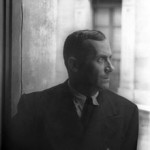220px-Portrait_of_Joan_Miro,_Barcelona_1935_June_13